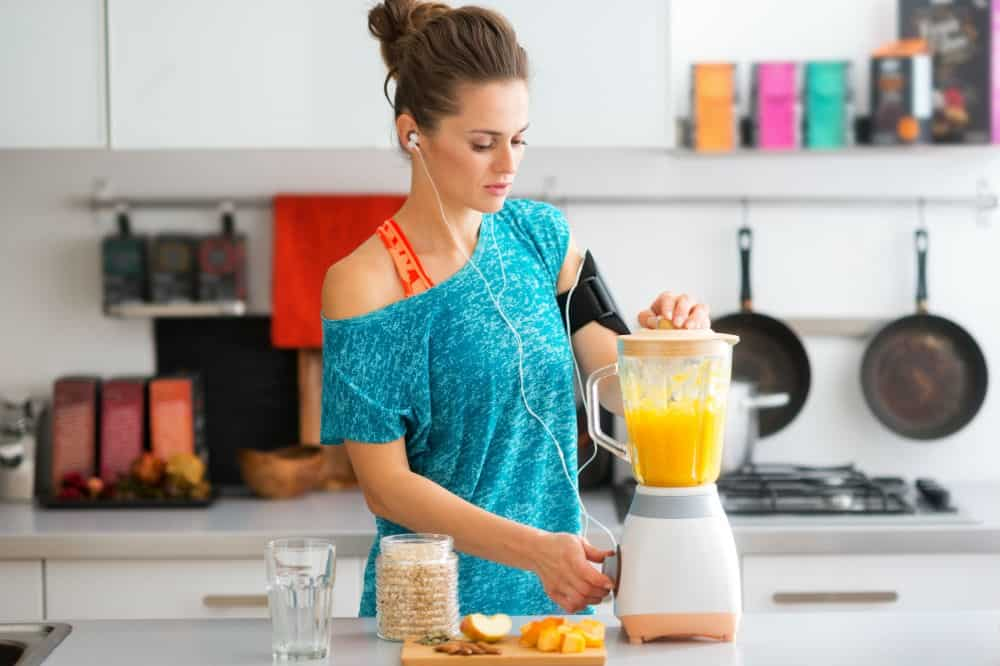 How to Use a Smoothie Blender